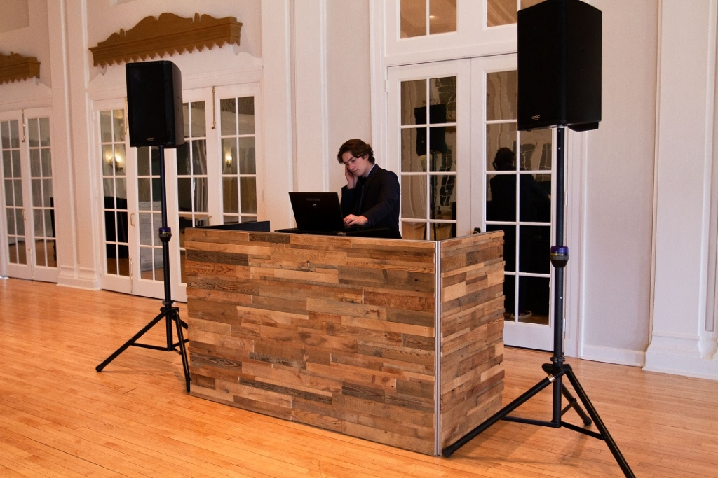4 DJ Booth - 3D Reclaimed Wood 2