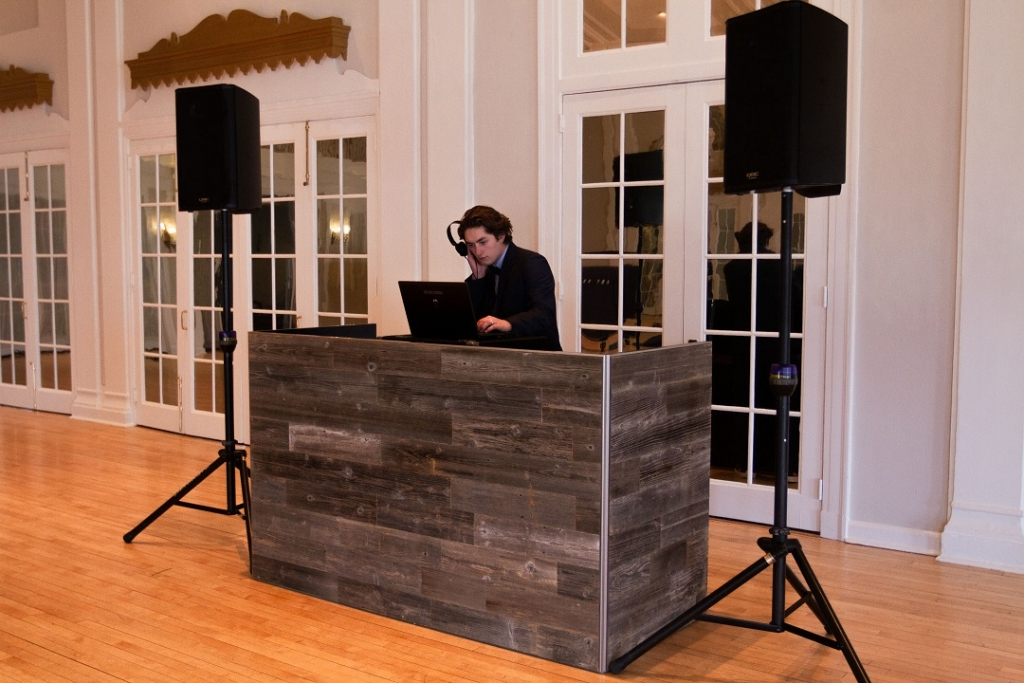 3 DJ Booth - Grey Reclaimed Wood 2