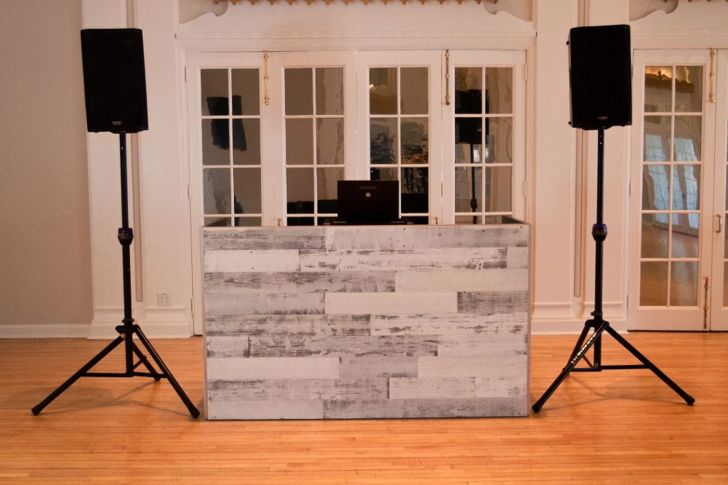 2 DJ Booth - White Reclaimed Wood