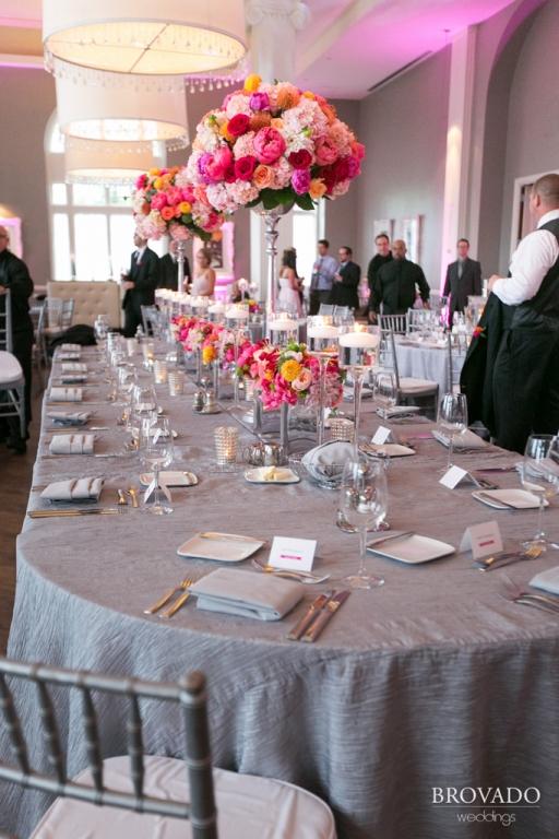 Minneapolis Wedding led uplighting at Calhoun Beach Club 26