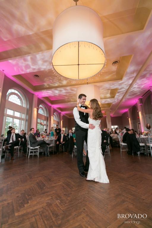 Minneapolis Wedding led uplighting at Calhoun Beach Club 27