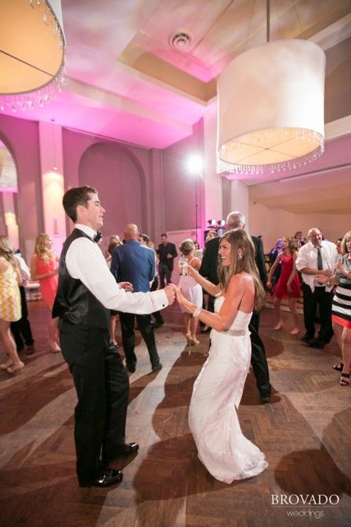 Minneapolis Wedding led uplighting at Calhoun Beach Club 28