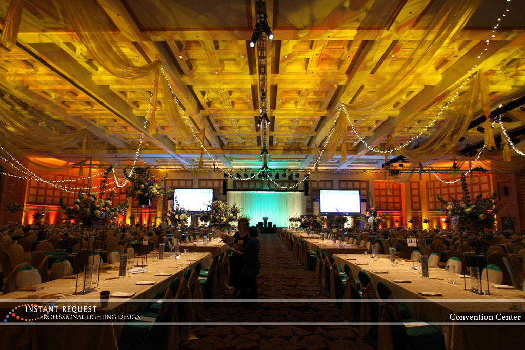 Wedding led uplighting at Minneapolis Convention Center 12