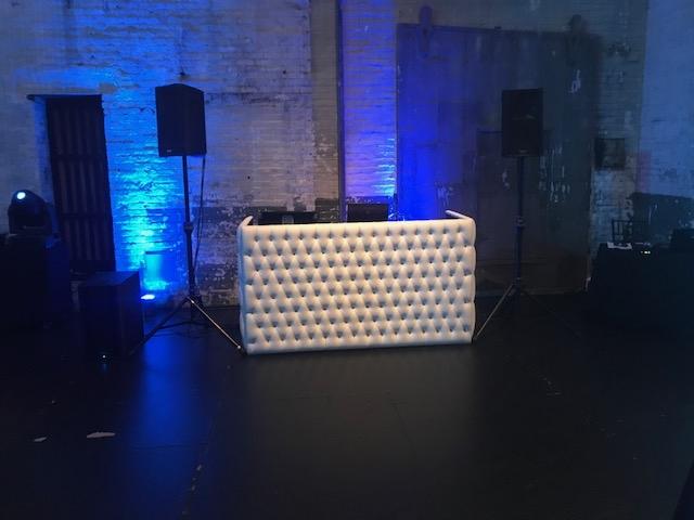 White tufted DJ booth aria 3