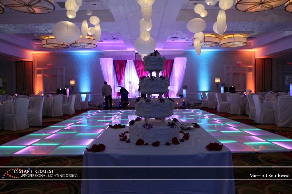 Wedding led uplighting at Marriott 8