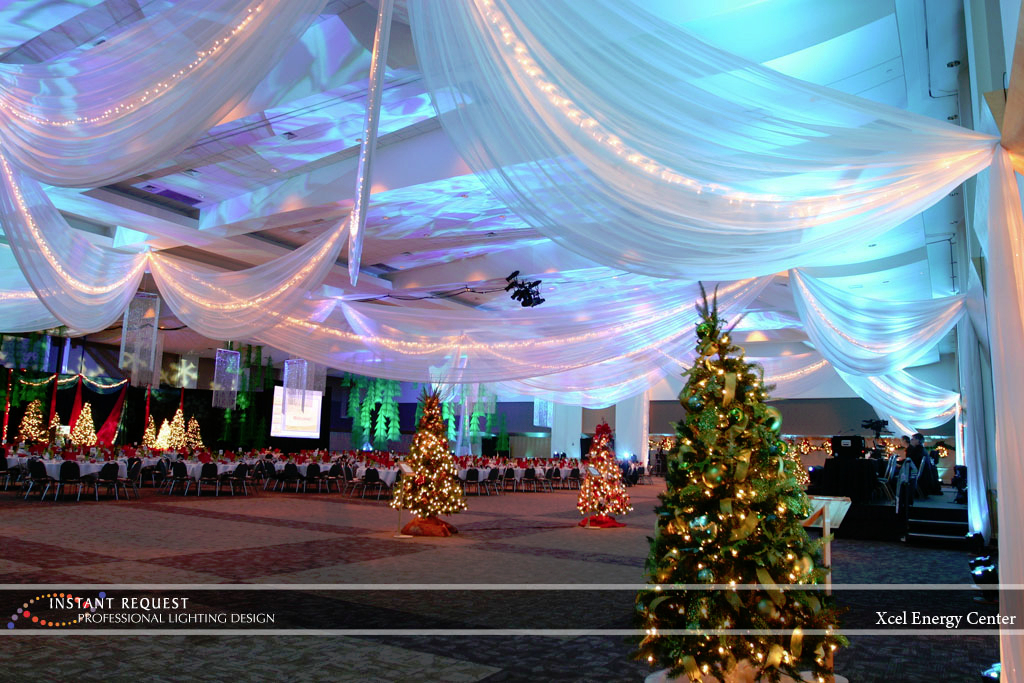Wedding led uplighting at Xcel Energy Center 3