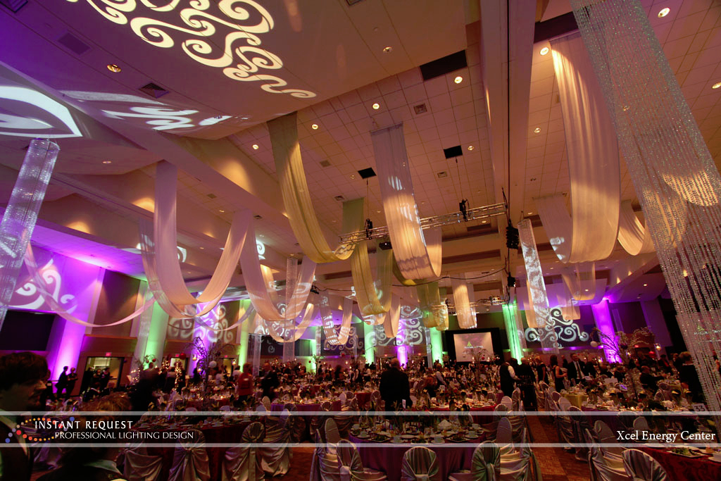 Wedding led uplighting at Xcel Energy Center 4