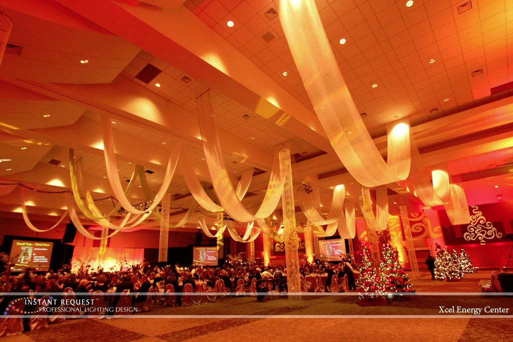 Wedding led uplighting at Xcel Energy Center 5