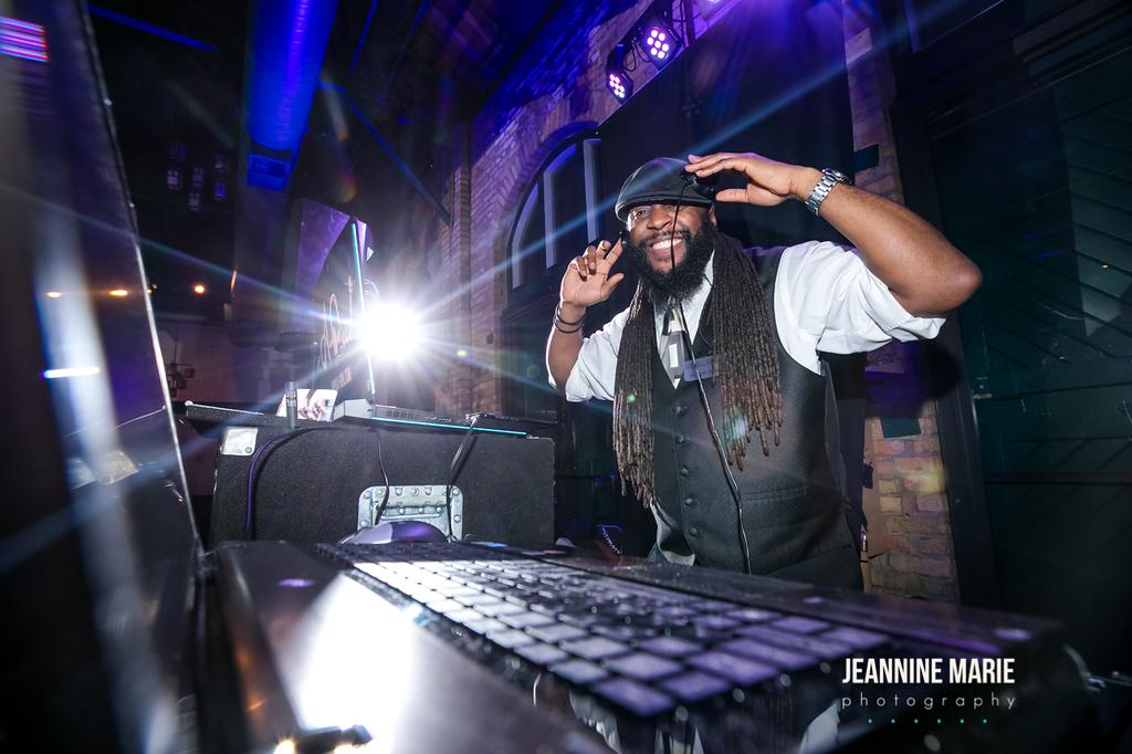Black Tie DJ in Minneapolis MN